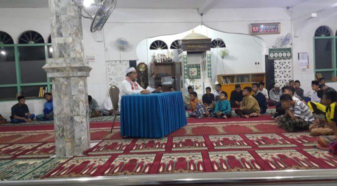 Pengajian Minggu Ba'da Shubuh di Surau Gadang